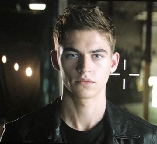 Hero as Hardin on set. Image from @aftermovie on Instagram